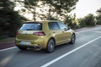 foto: 10 Volkswagen Golf 1.5 TSI Evo MY17.jpg