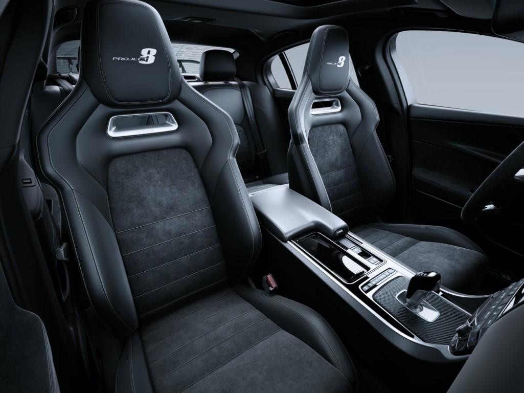foto: 11 Jaguar XE SV Project 8.jpg
