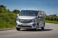 foto: 01 Opel Vivaro Plus y Tourer 2017.jpeg