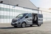 foto: 02 c Opel Vivaro Plus y Tourer 2017.jpg