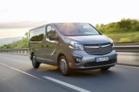 foto: 03c Opel Vivaro Plus y Tourer 2017.jpg