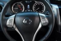 foto: 26 Nissan Navara 2.3d Tekna 2017.JPG