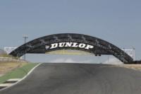 foto: 02 Puente Dunlop Circuito del Jarama.JPG