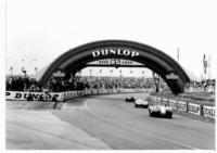 foto: Puente Dunlop 1955 - La passerelle D5 VITE ET LOIN.jpg