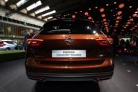 foto: IAA 2017 Opel Insignia Country Tourer 2.jpg