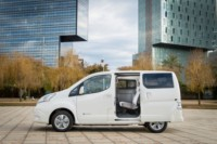 foto: 426205630_Nissan_world_premiere_of_new_longer_range_e_NV200_van.jpg