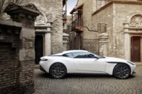 foto: 13 Aston Martin DB11 V8.jpg