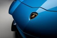 foto: 10 Lamborghini Aventador S Roadster.jpg