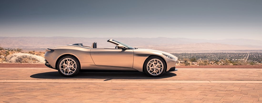 foto: 04 Aston Martin DB11 Volante 2017.jpg