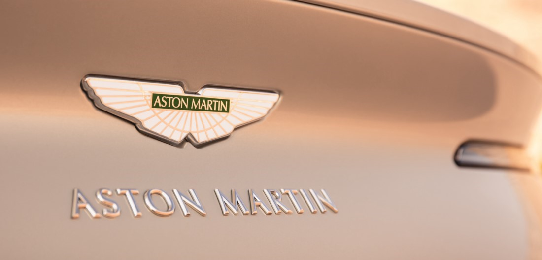 foto: 09 Aston Martin DB11 Volante 2017.jpg