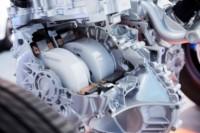 foto: 11 Honda_CR_V_Hybrid_Prototype motor.jpg