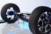 foto: 13 Honda_CR_V_Hybrid_Prototype baterias iones Litio.jpg