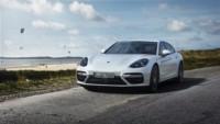 foto: 01 Porsche Panamera Turbo S E-Hybrid Sport Turismo 2018.jpg