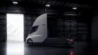 foto: 08 Tesla Semi Hangar.jpg
