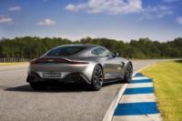 foto: 01b Aston Martin Vantage 2018.jpg