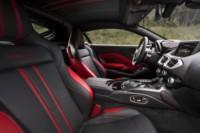 foto: 21b Aston Martin Vantage 2018 asientos.jpg