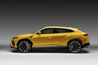 foto: 01b Lamborghini Urus 2018.jpg