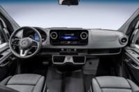 foto: 03 Mercedes Sprinter 2018 interior salpicadero.jpg