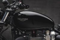foto: 04 Triumph_Bonneville _Bobber_Black_2018.jpg