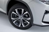 foto: 06 Lexus RX 450h L 2018.jpg