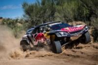 foto: 03e Campeones Carlos Sainz Lucas Cruz Peugeot 3008 DKR Maxi - Dakar 2018.jpg