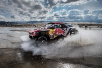 foto: 03i Campeones Carlos Sainz Lucas Cruz Peugeot 3008 DKR Maxi - Dakar 2018.jpg