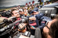 foto: 03m Campeones Carlos Sainz Lucas Cruz Peugeot 3008 DKR Maxi - Dakar 2018.jpg