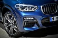 foto: 31 BMW X3 M40i 2018 fros led.jpg