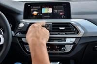 foto: 49 BMW X3 M40i 2018 interior control gestual.jpg