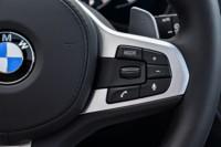 foto: 52 BMW X3 M40i 2018 interior mandos volante.jpg