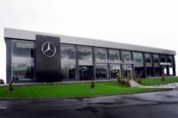 foto: 06.Concesionario Mercedes-Benz Madrid Flagship Store - Fachada principal.jpg