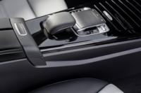 foto: 30c Mercedes Clase A 2018 interior consola palanca cambios.jpg