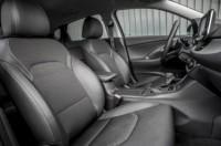 foto: 26b Hyundai i30 Fastback 2018 asientos delanteros.jpg