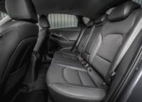 foto: 26c Hyundai i30 Fastback 2018 asientos traseros.jpg