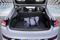foto: 27b Hyundai i30 Fastback 2018 maletero.jpg