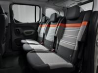 foto: 30 Citroen Berlingo Multispace XTR Modutop 2018 interior asientos traseros.JPG