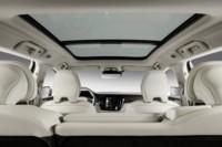 foto: 31 Volvo V60 2018 interior techo.jpg