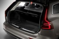 foto: 35 Volvo V60 2018 interior maletero.jpg