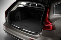 foto: 36 Volvo V60 2018 interior maletero.jpg