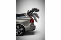 foto: 37b Volvo V60 2018 porton maletero.jpg