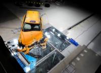 foto: 40 Volvo V60 2018 seguridad crasch test lateral.jpg