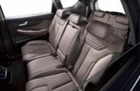 foto: 02f_Hyundai_Santa_Fe_2018_interior_asientos traseros.jpg