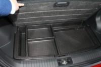 foto: 11 Hyundai Kona Electric 2018 interior maletero cables recarga.JPG