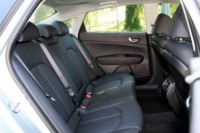 foto: 37 Prueba Kia Optima 2.0 GDI PHEV 2018 interior asientos traseros.JPG