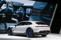 foto: 11 Porsche Mission E Cross Turismo.jpg