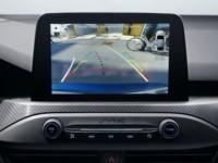foto: 09d Ford Focus Active 2018 interior salpicadero pantalla camara.jpg