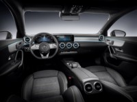 foto: 23b Mercedes Clase A 2018 interior salpicadero.jpg