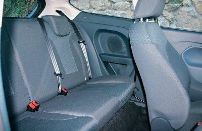 Ford_Fiesta_1.6_TDCI_3p_Sport_402