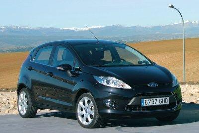 Ford_Fiesta_5p_1.4_GHIA_400
