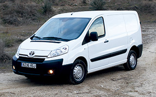 Toyota Proace 2.0D (128) Active